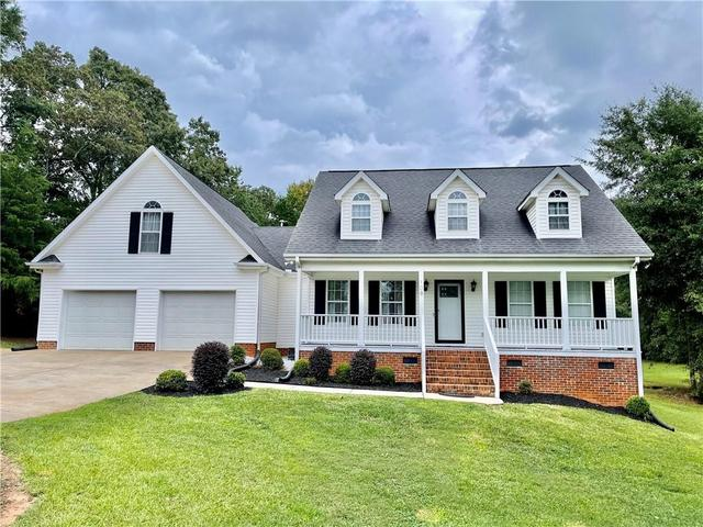 Photo of 108 Chantilly Drive