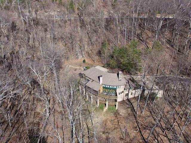 Photo of 136 High Rock Ridge Drive