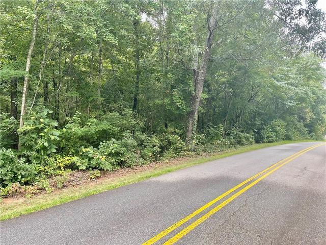 Photo of 920 Golden Creek Road