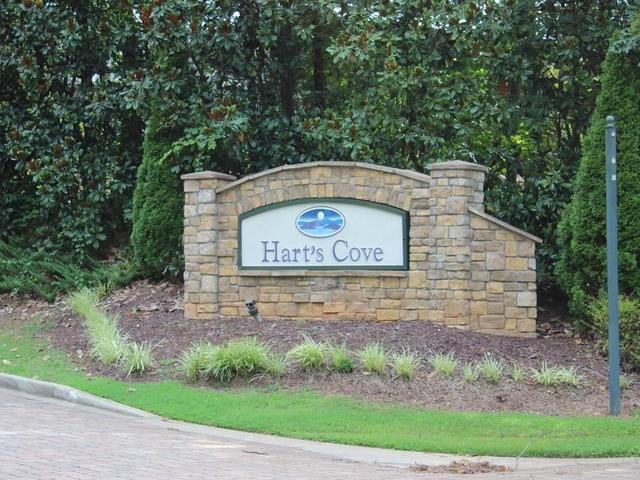 Photo of 1413 Harts Ridge Drive