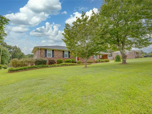 Photo of 210 Bentwood Drive