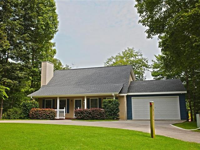 Photo of 413 Clearwater Cove