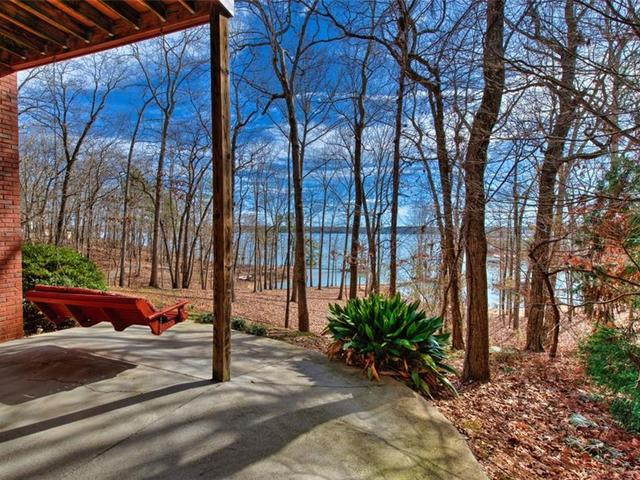 Photo of 121 Winding River Drive