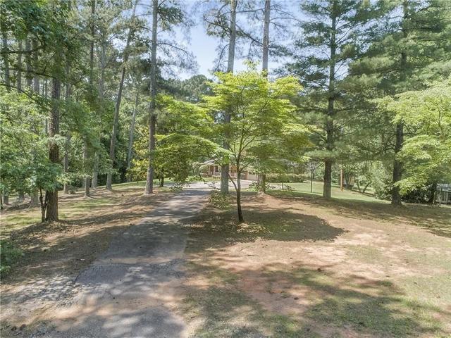 Photo of 537 Azar Road