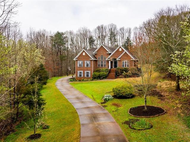 Photo of 106 Misty Oaks Lane